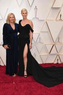 Charlize Theron con mamma Gerda