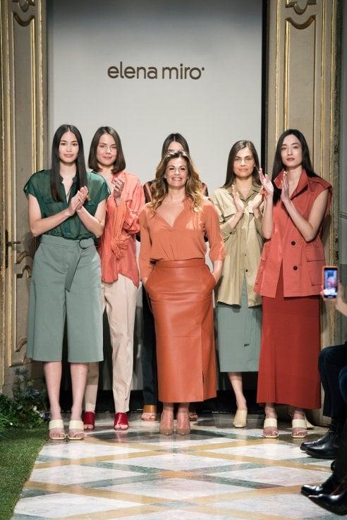 Vanessa Incontrada in passerella per Elena Mirò: Una collezione inclusiva e femminile