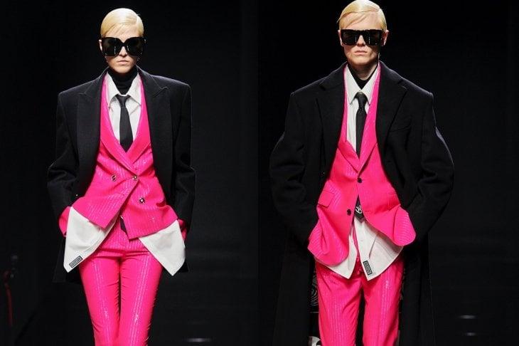 Donna, uomo, Versace: la forza di essere se stessi