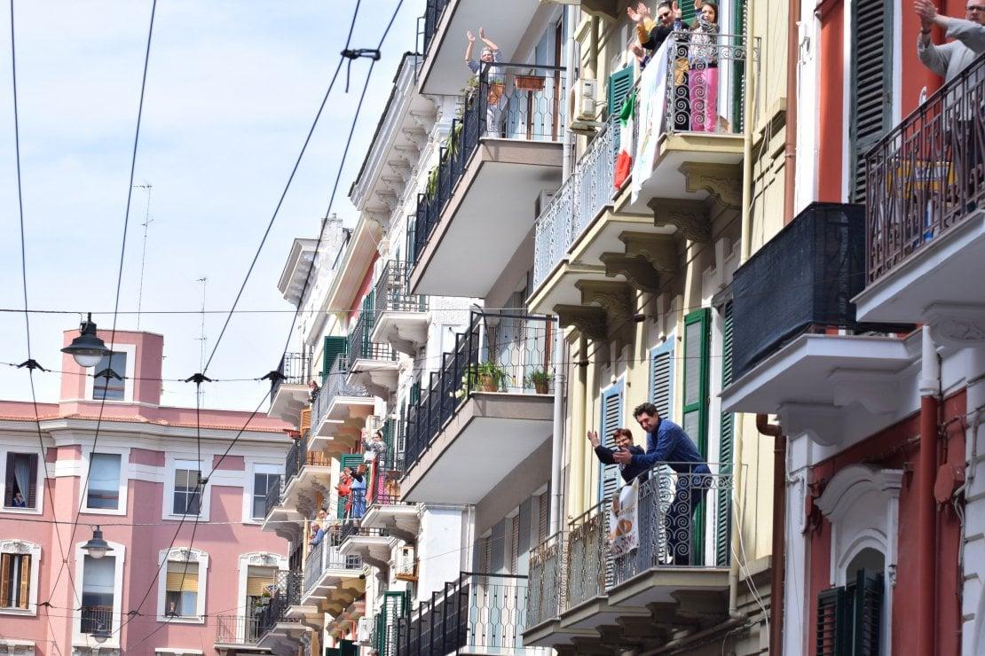 Italia al balcone: scopri i Flashmob della settimana