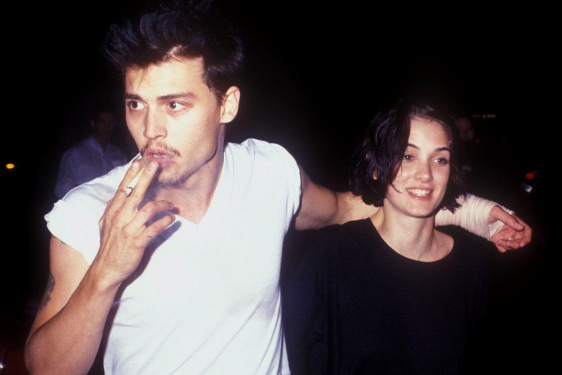X Files - Dietro il sipario: il tatuaggio (cancellato ) che Johnny Depp dedicò a Winona Ryder