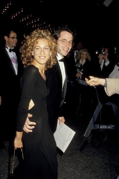 X Files - Dietro il sipario: quando Sarah Jessica Parker ha sbagliato abito da sposa. Il suo