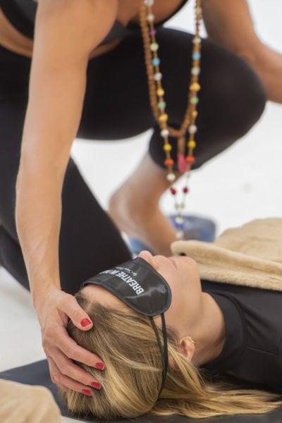 Cos'è il breathwork e perché per alcuni è meglio di una seduta di psicoanalisi
