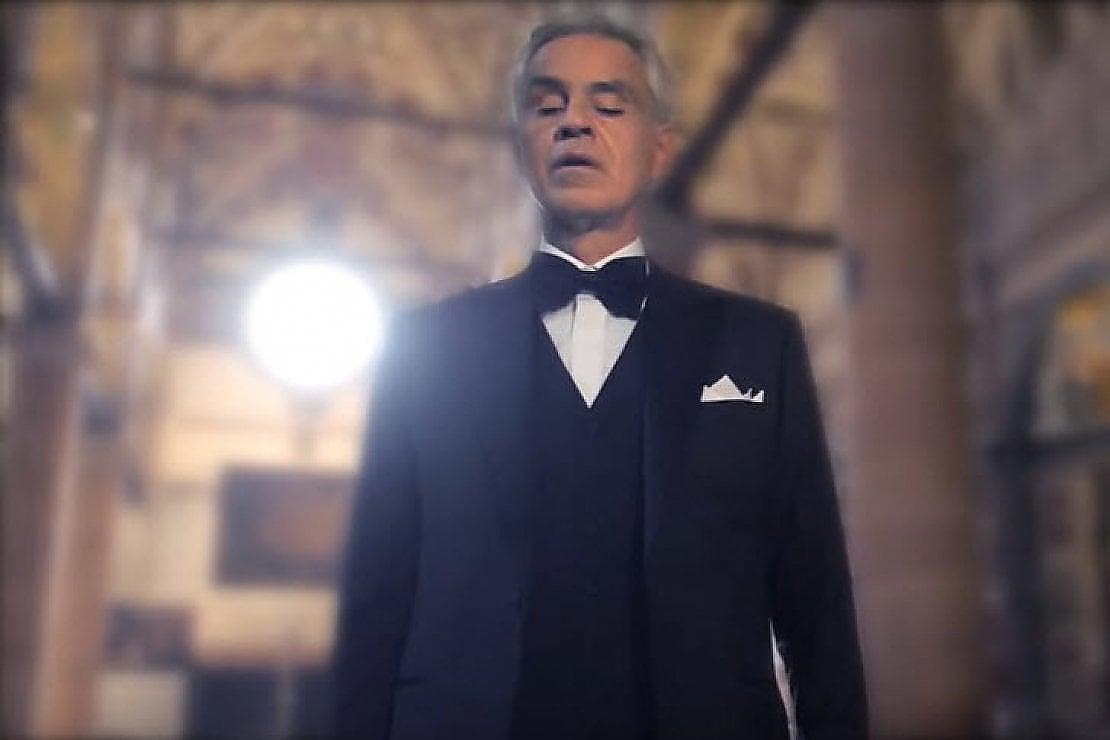 Andrea Bocelli e il suo regalo al mondo: a Pasqua concerto in streaming (e gratis) dal Duomo di Milano
