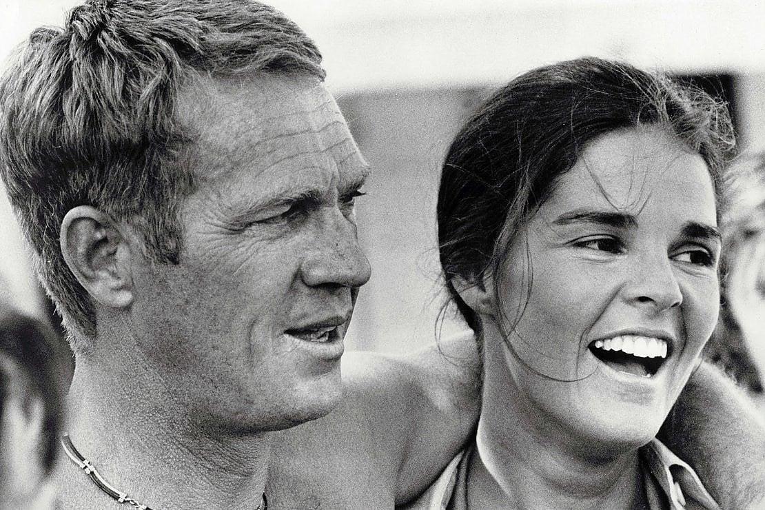 Ali MacGraw e Steve McQueen tra i grandi amori (spezzati) di ''Love Stories''