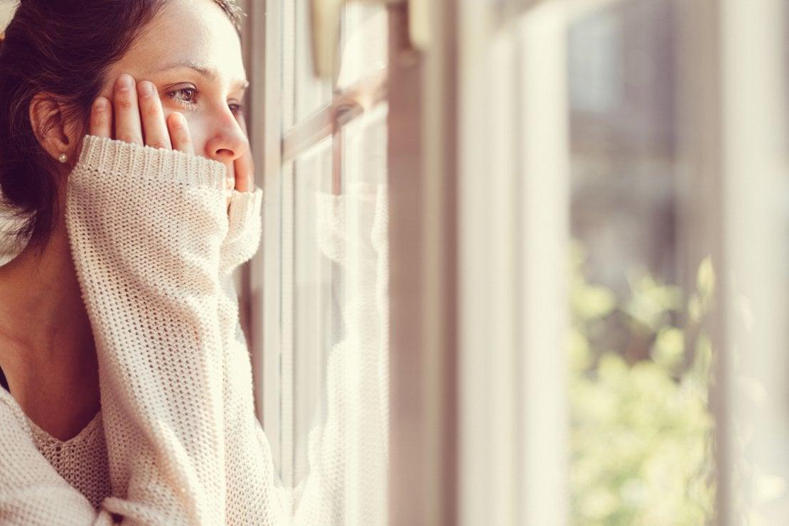 Overthinking, ovvero il rimuginare ossessivamente: perché lo facciamo e come smettere
