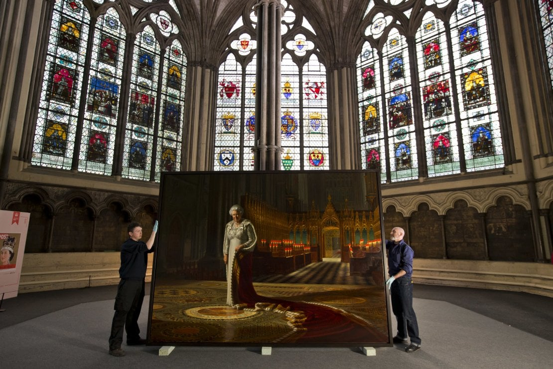 Il ritratto Queen Elizabeth II nella Chapter House a Westminster Abbey, 2013