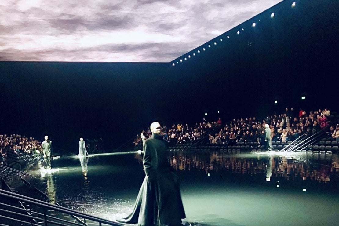 La sfilata a/i 2020 di Balenciaga