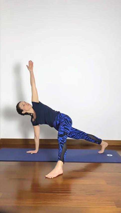 Una mini lezione con Cristina Simone per imparare lo yoga del respiro