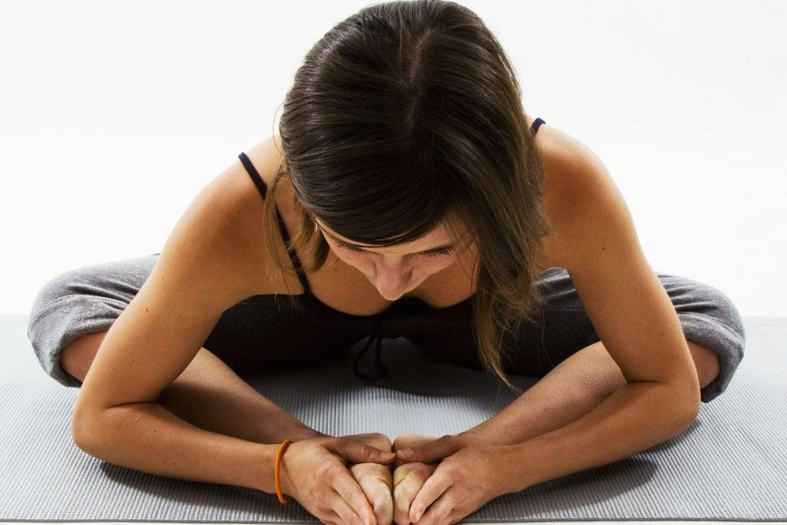 Conosci il Piloga? Il pilates + yoga che fa bene agli smartworker. Gli esercizi di Lida Savi