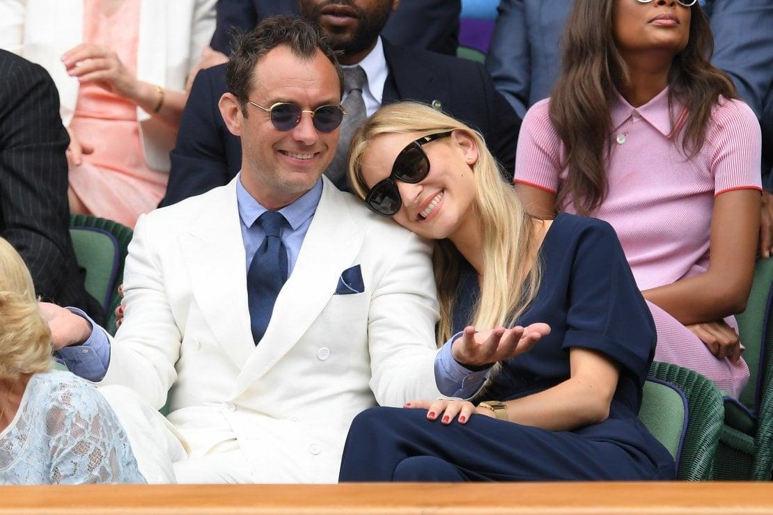 Jude Law papà per la sesta volta, la moglie Phillipa è incinta del loro primo figlio
