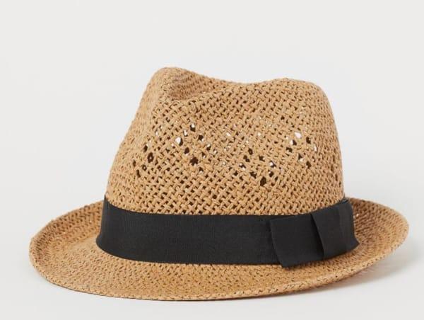 Cappello, H&M; (9,99 euro)