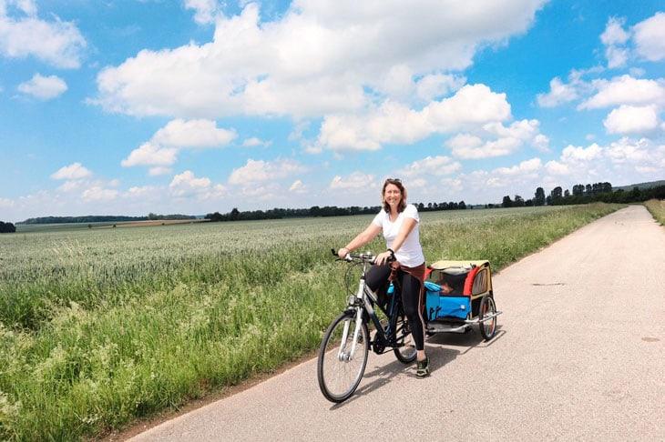 Federica Piersimoni lungo il tragitto ciclabile