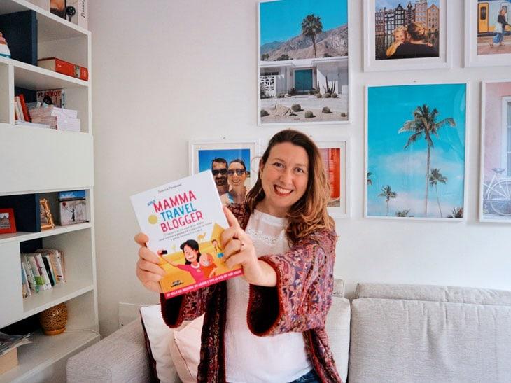 Federica Piersimoni con il suo libro