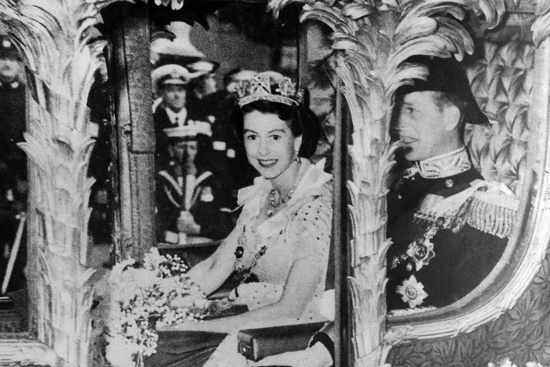 Nella carrozza assieme al principe Filippo