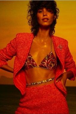 Un'immagine della collezione cruise 2021 di Chanel in esclusiva per Repubblica.it (ph. Karim Sadli)