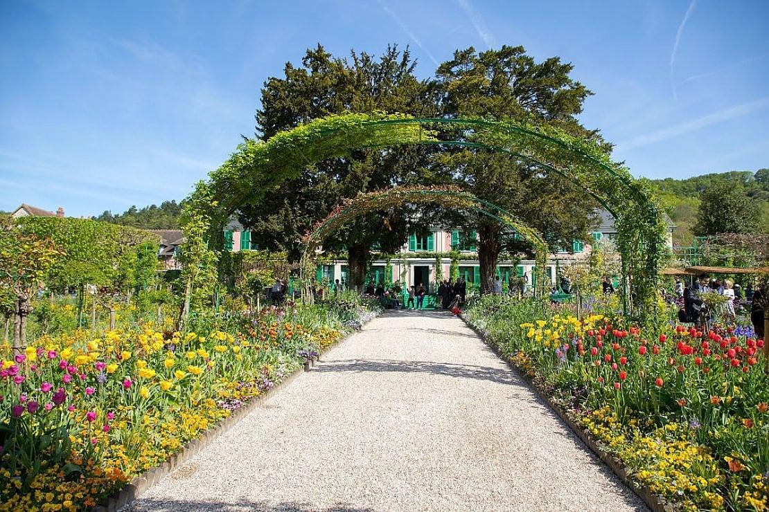 Riapre la casa (e gli splendidi giardini) di Monet a Giverny