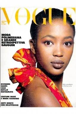 La copertina del numero di giugno del 1988 di Vogue Italia scattata da Steven Klein con Naomi Campbell