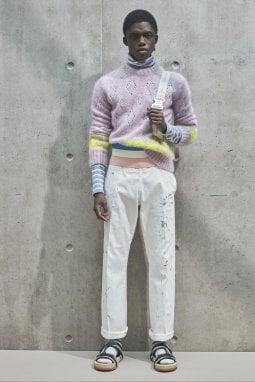 Un look della collezione uomo primavera-estate 2021 di Dior Men