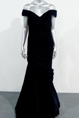 Lady Diana: l'abito nero indossato per ballare con John Travolta è stato... congelato