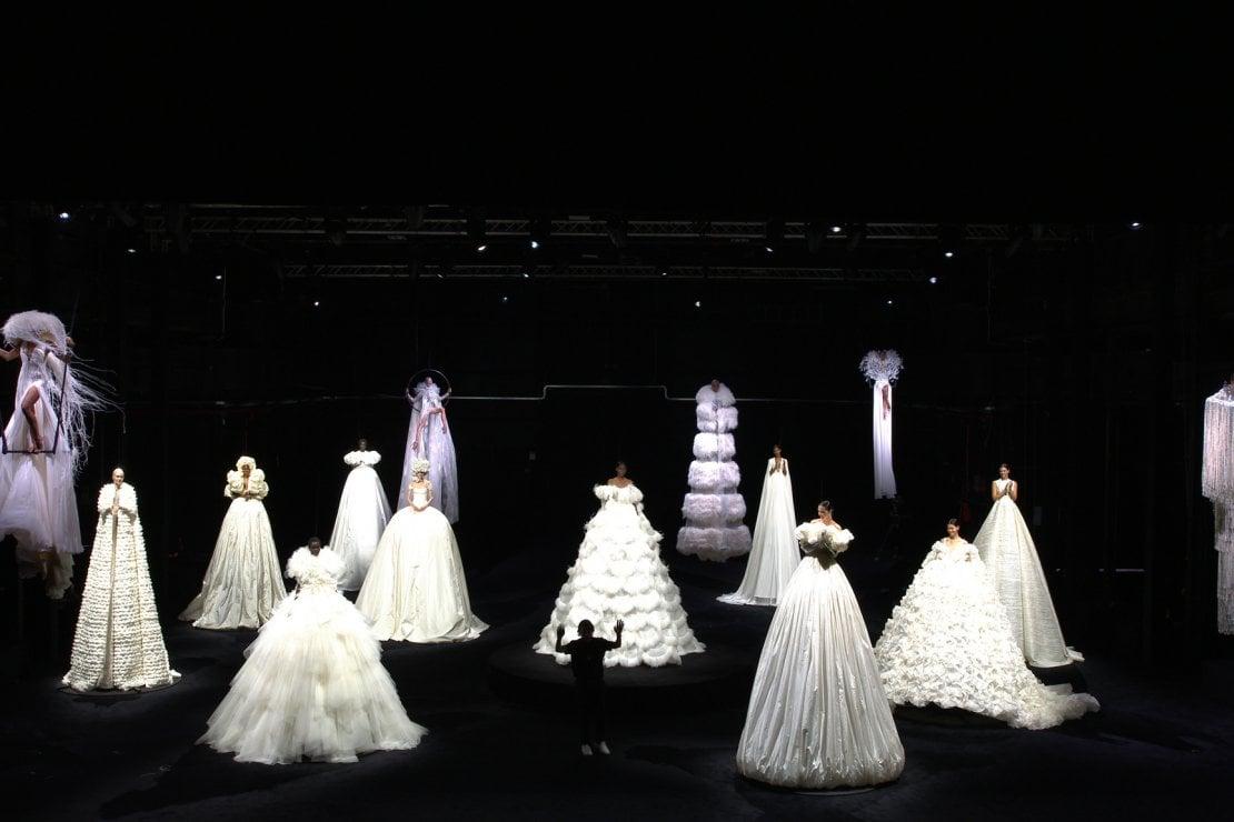 Pierpaolo Piccioli al termine della presentazione della haute couture di Valentino all'interno del Teatro 10 di Cinecittà
