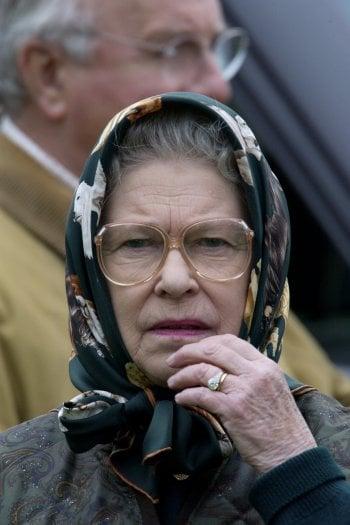 Anelli di fidanzamento reali: miti, segreti e leggende dei gioielli più ammirati della storia, da Elisabetta II a Meghan Markle