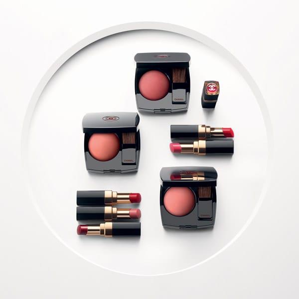 Blush Joues Contraste, 13 tonalità, tra cui Rouge profond n 320 e rossetti Coco Flash, Chanel