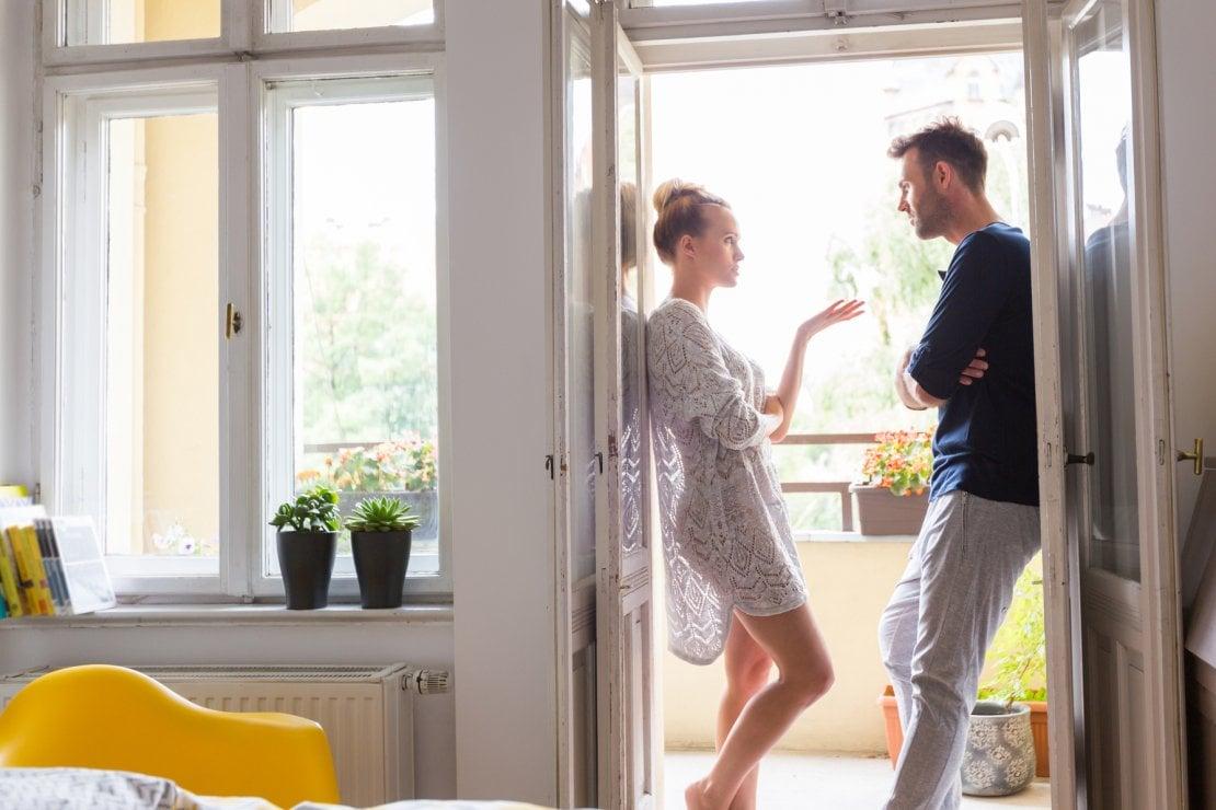 Le abitudini fastidiose del partner: come comportarsi per evitare discussioni