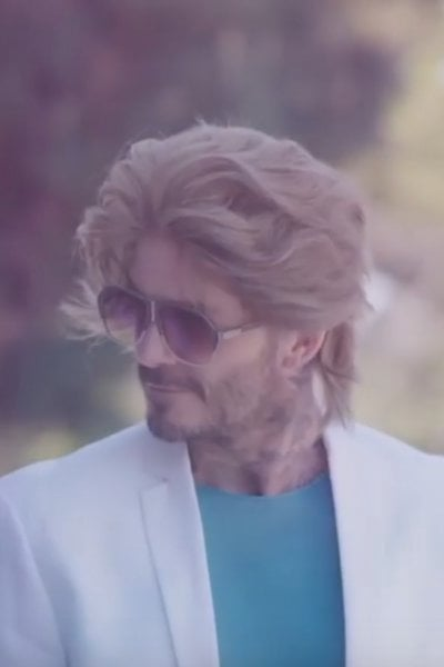 David Beckham si traveste da Don Johnson in Miami Vice su Instagram