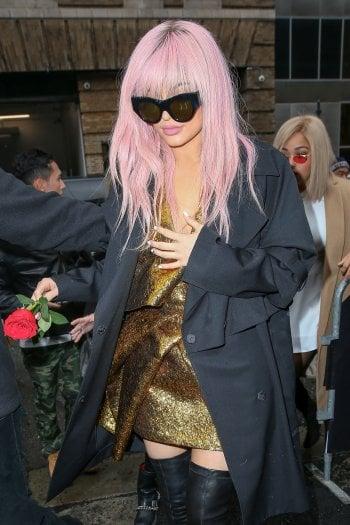 Kylie Jenner rilancia il trend: ''i capelli rosa sono i miei preferiti''