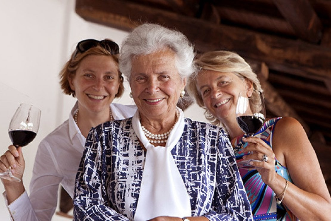 Le tre donne alla guida delle cantine Lungarotti di Torgiano, Perugia