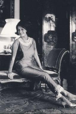 Irene Galitzine indossa il Pigiama Palazzo, 1960 ca -courtesy Galitzine