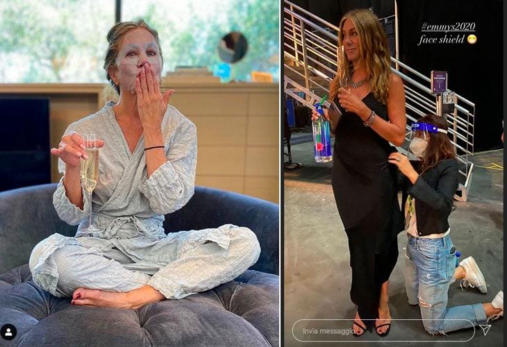 Jennifer Aniston in due scatti pubblicati sul suo Instagram: in pigiama prima dell'evento e sistemando il look prima di salire sul palco