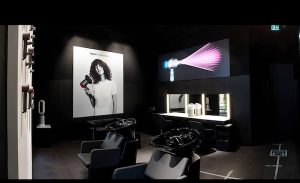 Beauty Lab Dyson Demo Store di piazza Gae Aulenti