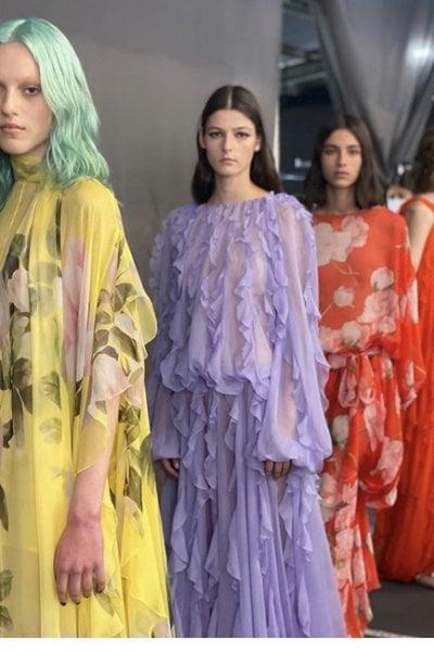 Guido Palau realizza l'hair styling della collezione di Valentino