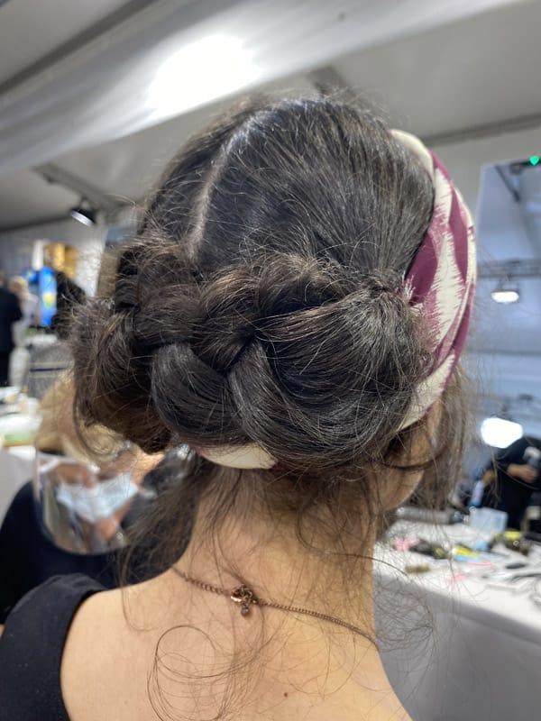 Le trecce più trendy sono quelle realizzate per la sfilata Dior. Ecco come copiarle
