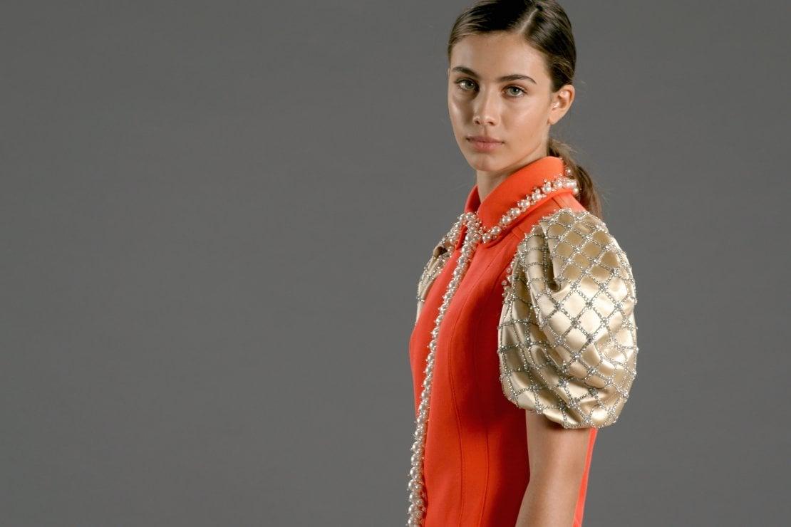 Elisa Visari con l'abito Upcycled by Miu Miu indossato per i Green Carpet Fashion Awards 2020
