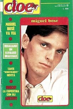 Nel 1982 arriva la prima cover adesiva