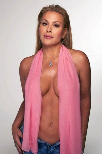 Anastacia e l'appello alle donne: Non rimandate la mammografia a causa del Covid. A me ha salvato la vita due volte