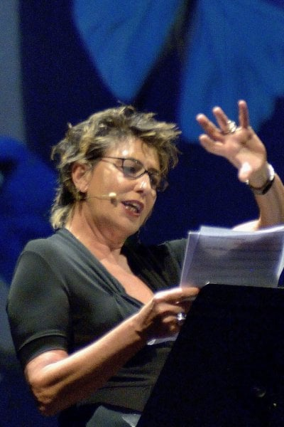 Festival L'Eredità delle Donne 2020, Serena Dandini: Teniamoci stretta l'ironia