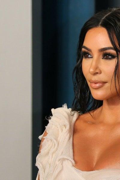 I 40 anni di Kim Kardashian, critiche per la festa sull'isola privata: E le mascherine?