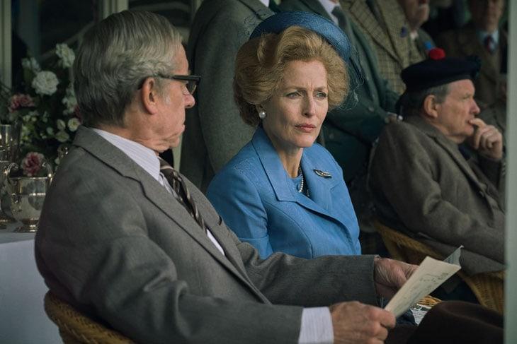 The Crown S4. Gillian Anderson nei panni di Margaret Thatcher
