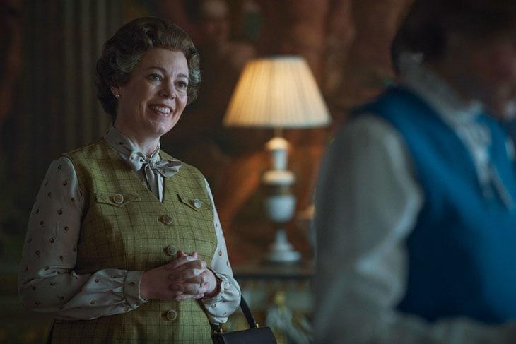 La regina Elisabetta II, con la bravissima Olivia Colman