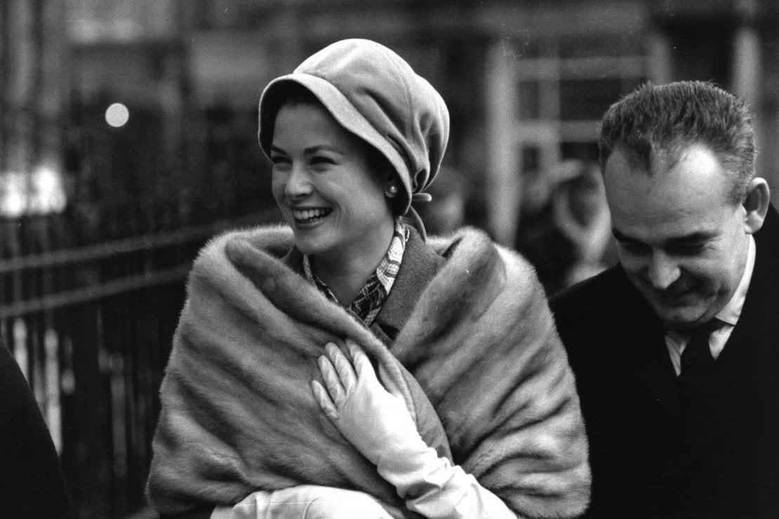 Il 12 novembre Grace Kelly avrebbe compiuto 91 anni: la storia e le immagini tra flirt e film