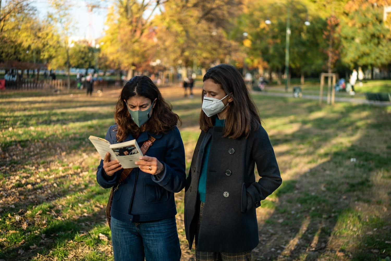 I genitori italiani più ansiosi e meno allegri: l'effetto della pandemia pesa sull'umore delle famiglie