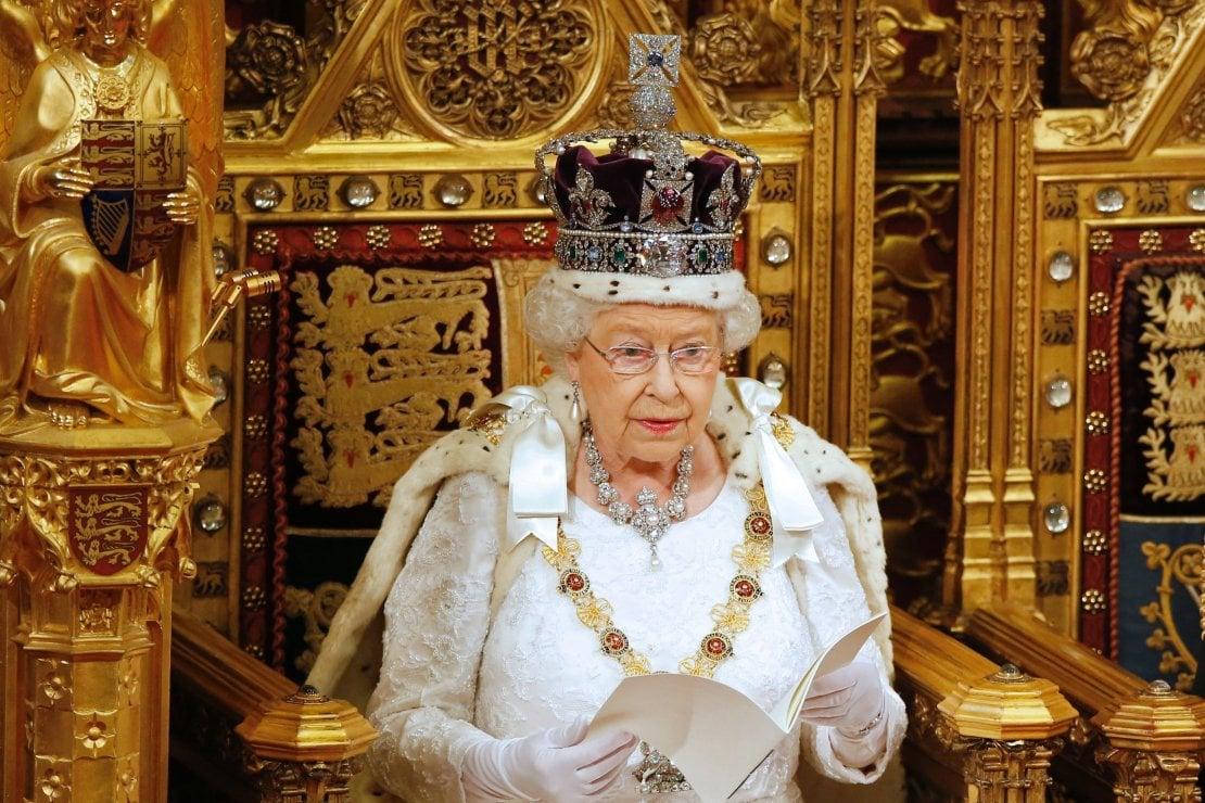 Elisabetta II: altro che dimissioni, la regina si prepara a festeggiare i 70 anni di regno (nel 2022)