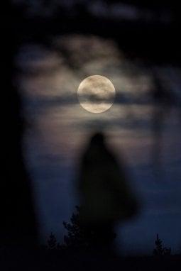 La Luna piena visibile dalla Spagna
