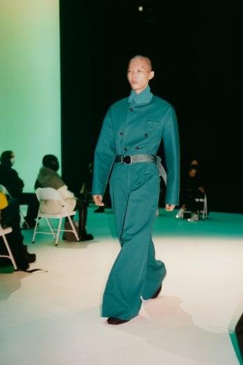 Bottega Veneta, la moda va in scena a Londra e apre una riflessione sul futuro delle sfilate