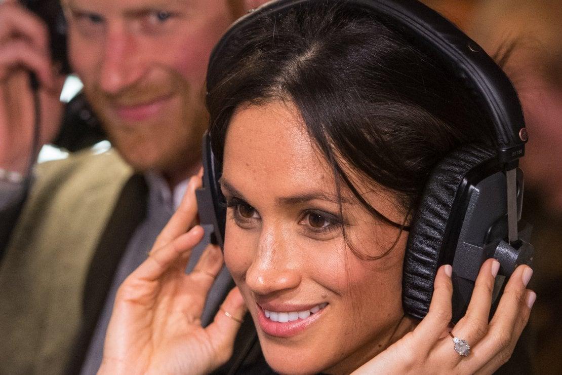 Meghan ed Harry produrranno podcast per Spotify, ma la loro popolarità è in declino