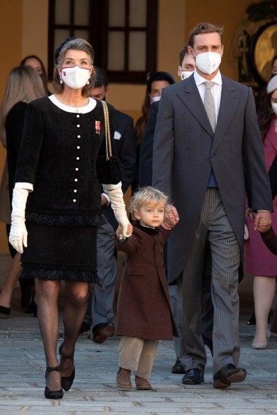 Carolina di Monaco compie 64 anni orgogliosa dei suoi capelli bianchi